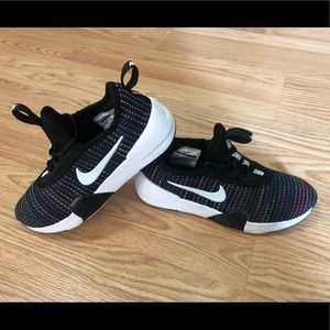 Girls Nike Ashin Modern SE shoes 2.5Y